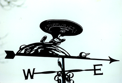 Spaceship weathervane